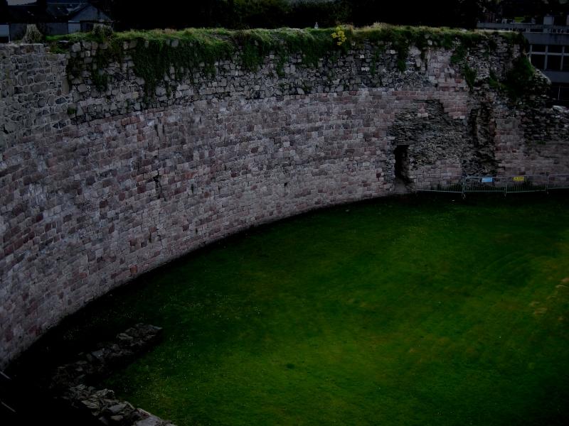 ruin wall copy
